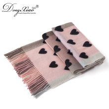 Elegant Textile Women Scarf Weaving Machine Production Vintage Wool Scarves