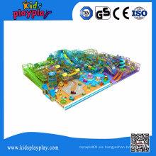 Gran equipo de juegos en el interior para Play Center