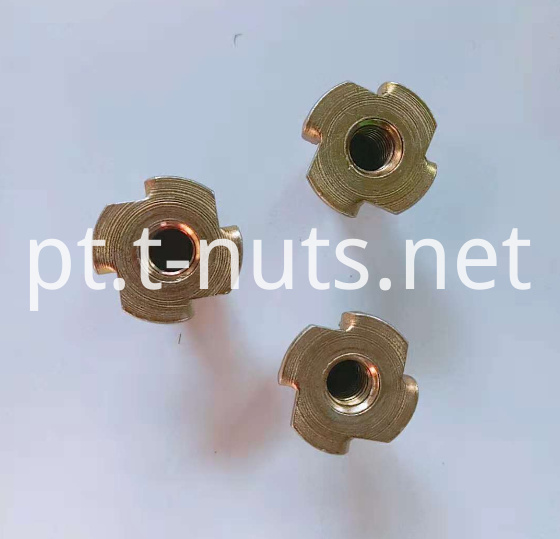 Cold heading Color zinc plated Nuts