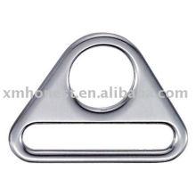 Треугольник пряжка C102