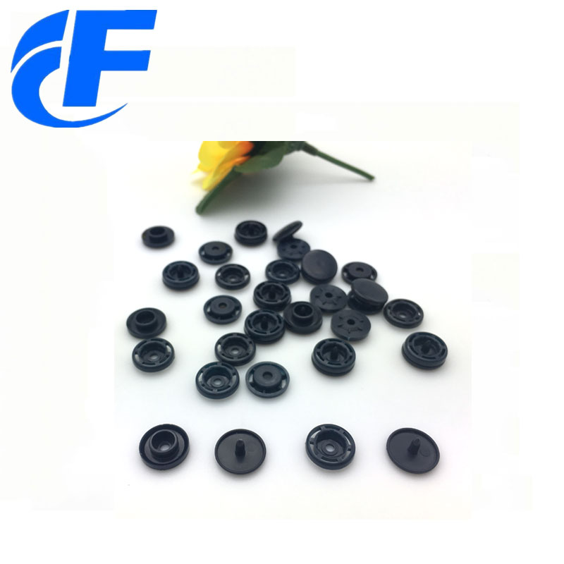 snap-buttons-fasteners