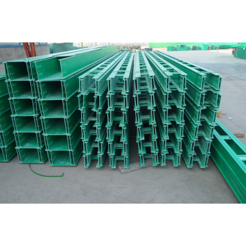 Cable Tray con materiale FRP