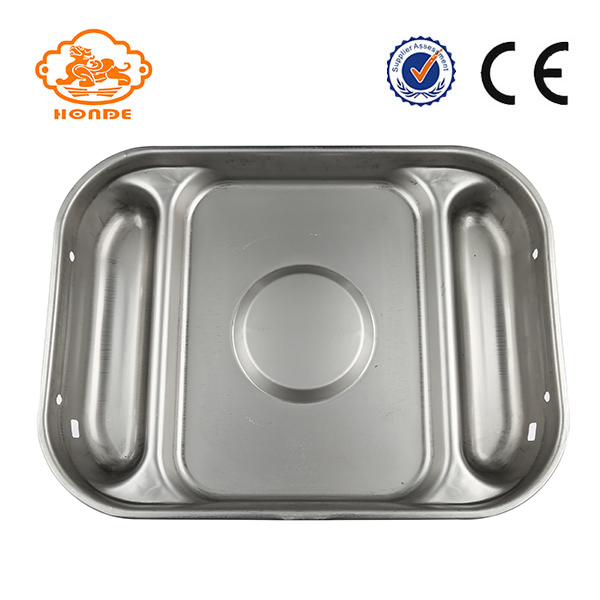 wet pig feeding pan