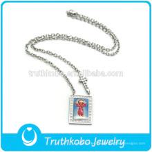 TKB-JN0092 Metal religioso decorado con cristo niño y cruz en forma de rectángulo colgante de plata de acero inoxidable nacklace