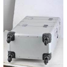 Boîte à outils en alumine de moins d'unan Ningbo avec mousse