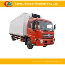 Caminhão refrigerado de Dongfeng 4 * 2 10cbm para a venda