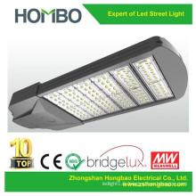 Garantie de 5 ans garantie de la lampe de rue conduit lampe de rue SMD lampe de rue à LED intégrée IP65 210W 240W éclairage public de rue