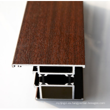 Perfil de aluminio con varios acabados superficiales