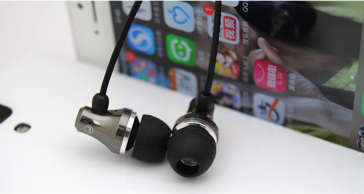 Beats Earphone Cover