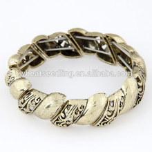 Pois bracelets faits à pas bon marché