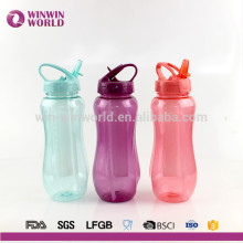 2016 Venda Quente Esporte De Plástico Portátil Ice Stick Garrafa De Água BPA Livre Com Recipiente De Cubo De Gelo