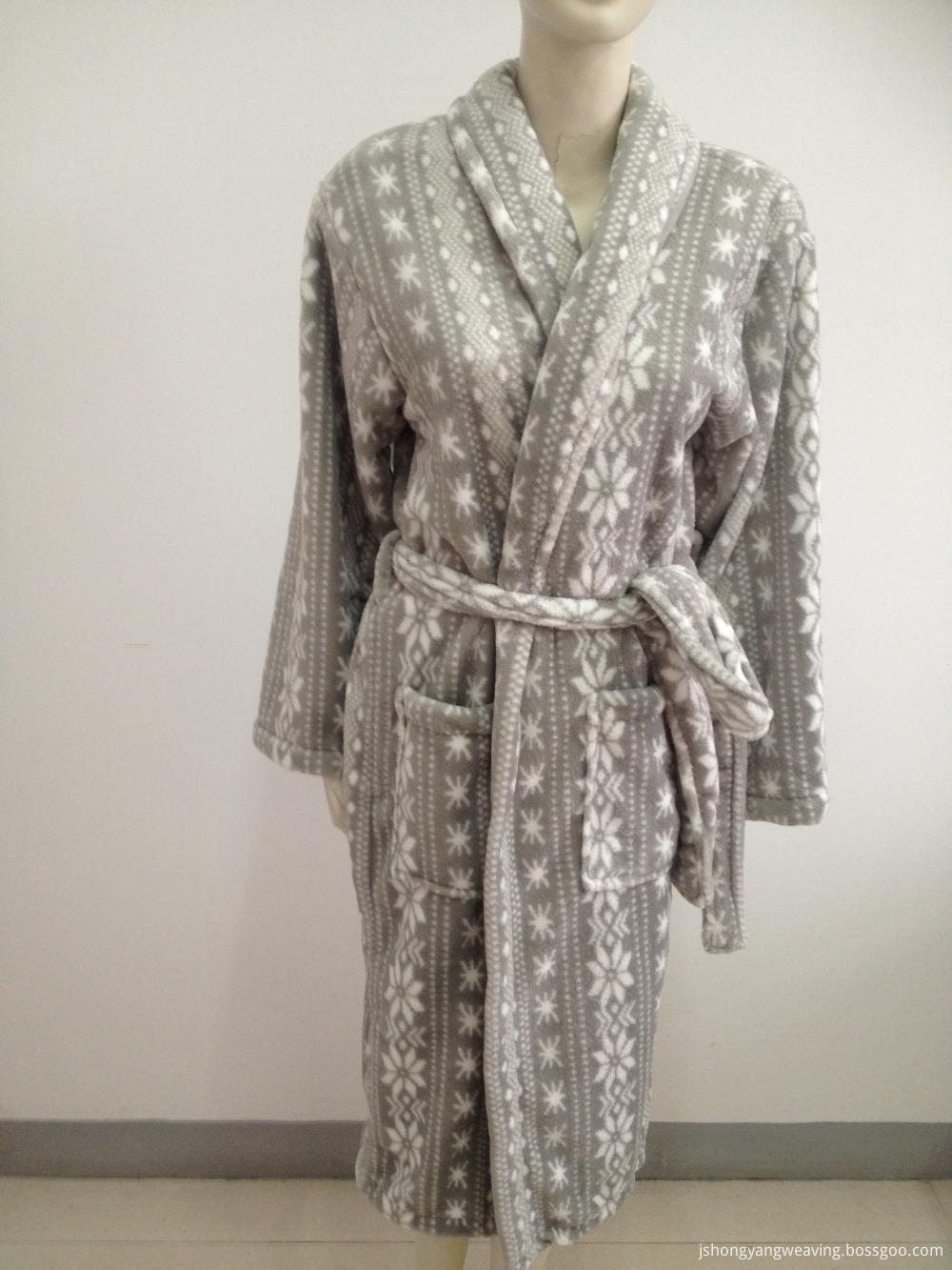 Polyester Coral Fleece Bathrobe