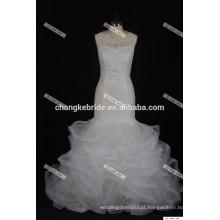 Vestido de casamento elegante com uma linha de namorados com Tiered Tulle