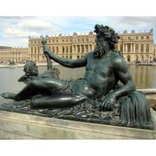 Бронзовая статуя вышеупомянутыми центрами-Z002 Зевса