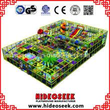 Equipamento interno comercial usado do campo de jogos para crianças