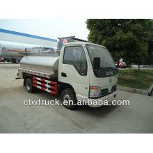 Dongfeng 3-5 toneladas de tanque de leche vehículo para la venta