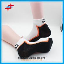 Спортивный носок из хлопчатобумажной ткани