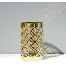 Gold metal flower-ware