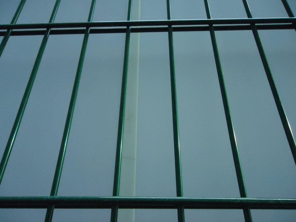 656 Welded Wire Mesh Fence