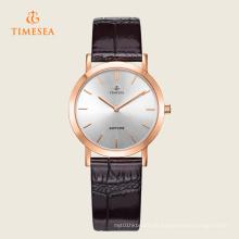 Senhoras novas formam os relógios de pulso clássicos 71114 de quartzo