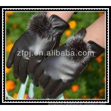 milan fashion lady dressing gloves