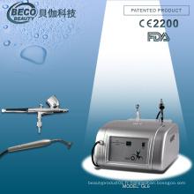 Équipement de salon de beauté à injection portable d'oxygène pour le serrage de la peau