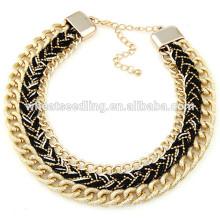 El collar atractivo de la cadena hecha a mano de la manera hace los collares de la secuencia