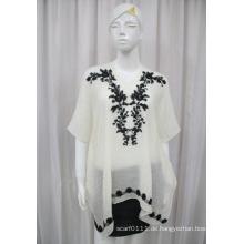 Damenmode Baumwolle Polyester Voile Gestrickte Stickerei Shirt (YKY2227)
