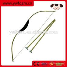 Arc et flèche en bois faits à la main