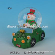 Globo da neve do Natal da resina do boneco de neve bonito