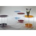Mesa auxiliar redonda de acrílico coloreado