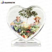 Moda Amor forma sublimação engraçado cristal photo frame para presente de casamento