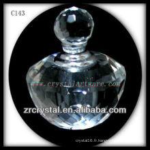 Belle bouteille de parfum en cristal C143