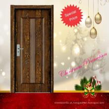 porta de painel de madeira do quarto interior
