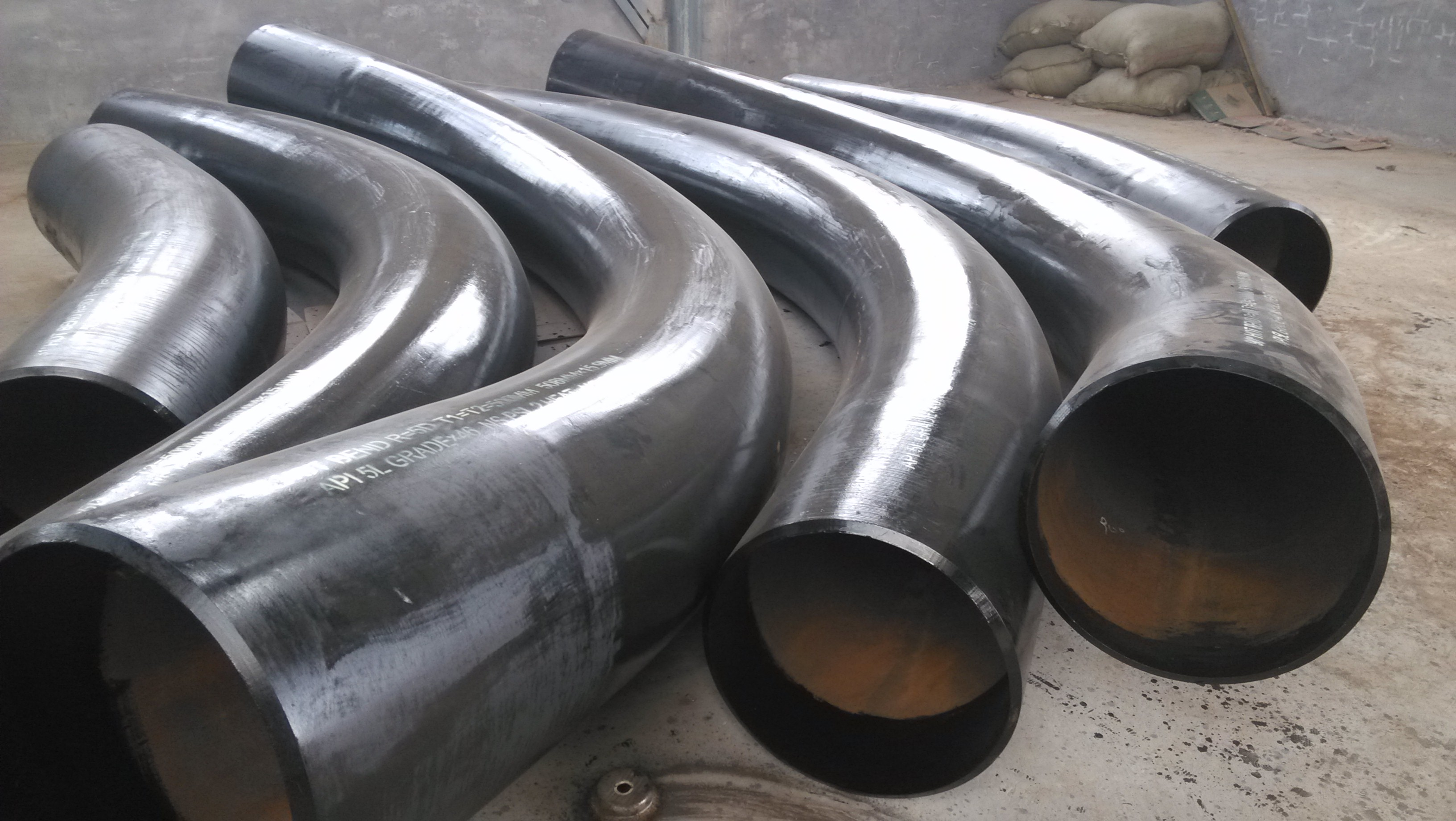 Butt Welded Elbow as per ASTM A234 Carbon Steel Pipe Fittings