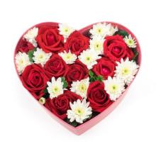 Boîte à fleurs en forme de coeur pour la Saint-Valentin