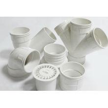 China fabricação de encaixes de tubulação de PVC plástico