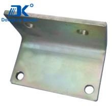 Estampación de la curvatura de acero con taladro