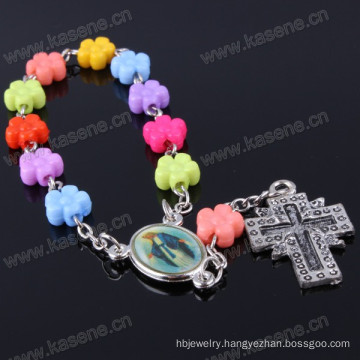 Eco-Friendly Lead and Nickle Free Natural Flower Plastic Bracelet