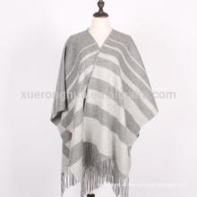 maßgefertigte hellgraue Streifen Winter Wolle Schal Wraps