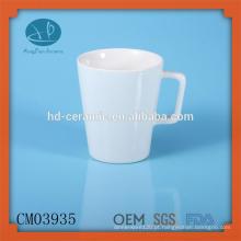 Canecas de café branco sólido com alça especial