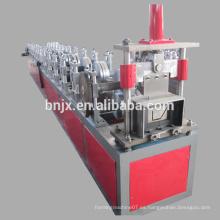 China más nueva salida del diseño zanja galvanizado metal forma de canalón frío rollo que forma la máquina