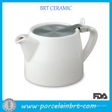 Bule de cerâmica com infusor de aço inoxidável
