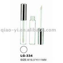 Emballage plastique à lèvres brillantes