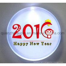 Insigne lumineux en plastique fait sur commande de Pin LED pour le cadeau promotionnel
