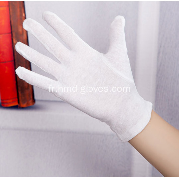 Gants d'inspection jetables blancs