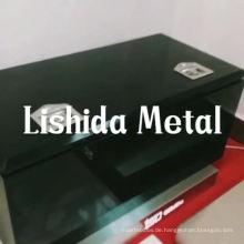 großer schwarzer Hochleistungsunterwagen aus Stahl-Utensilber-Werkzeugkasten