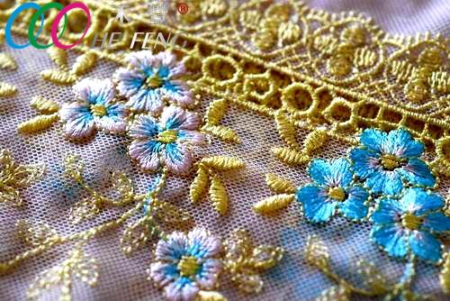 lace embroidery machine 3