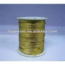 Cordón metálico dorado