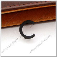 Декоративные металлические буквы C